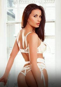 Chelsea SW3 34C GFE london escort Alison