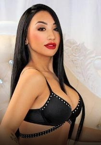 open minded busty london escort £150 NW1 SARA
