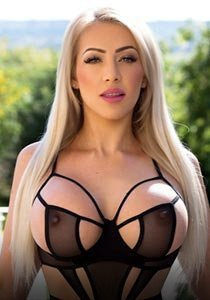Edgware Road incall busty fetish latex escort london BDSM Alessia