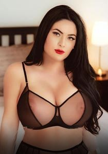 bbw openminded 38DD very busty girl in Edgware Road